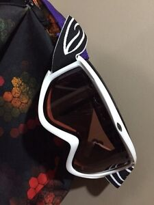 WOMENS SNOWBOARDING PACKAGE  Cambridge Kitchener Area image 4