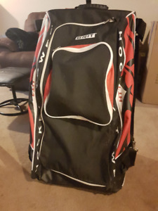 Grit Hockey Tower Bag (Red & Black)