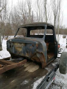 1953 Ford F100 cab