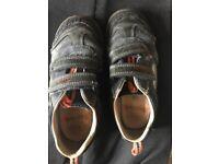 Boys stompo Clark's shoes £5 11.5 H