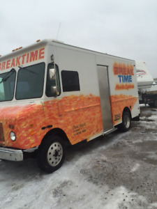 LARGE year round coffee/catering truck-DIVORCE SALE MUST GO!