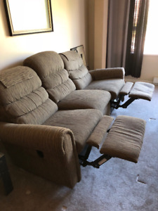 Free - Lazy-Boy Recliner - Moving and must let go