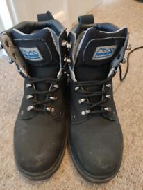 Rok wear safety boots