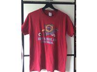 Men's Medium Brasilia Futbol t-shirt red
