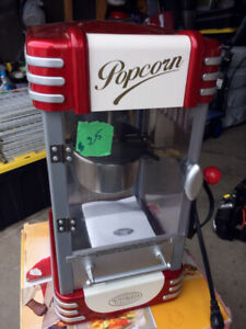 Retro Style 10-Cup Popcorn Maker (Used)