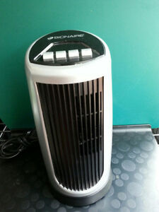 Black Bionaire® Mini Oscillating Tower Fan
