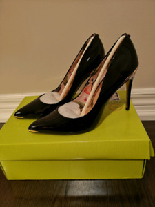TED BAKER KAAWA PUMPS 4 INCH Size 8