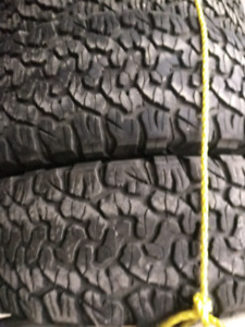 WANTED 2 BFG Ko2 tires in great shape 265 70 R17
