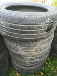 4 pneus d'été Michelin 235/50R18 (négo)
