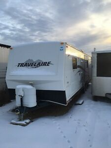 For sale 2007 Travelaire 29.7 hardwall trailer