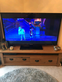 """50"""" POLAROID LED FREEVIEW TV NOT SMART"""