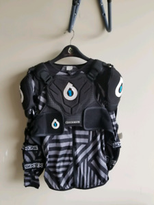 SIXSIXONE 661 Evolution mountain biking pressure suit