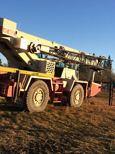 1992 Grove AT422 rough Terrain Crane Edmonton Edmonton Area image 4