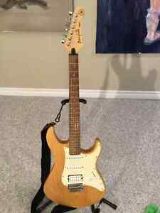 Yamaha 112J Pacifica Strat shape Kitchener / Waterloo Kitchener Area image 1