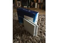 White PS4 (PlayStation 4) 500gb with box (no controller)