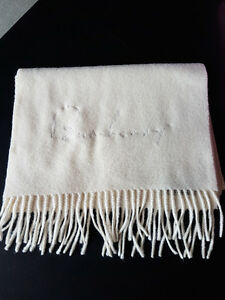 Burberry Authentic Cashmere Scarf Kitchener / Waterloo Kitchener Area image 2