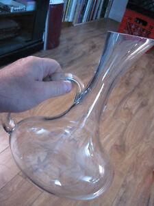 pichet vase verre décoratif eau jus brevage café lait 10 1/4 po