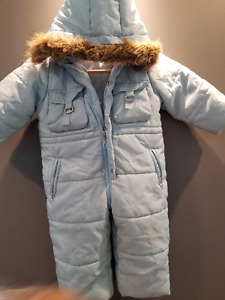 Winter snowsuit; removable hood - 2T