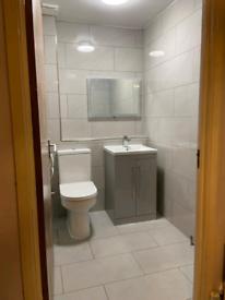 Freestanding vanity basin with mixer tap