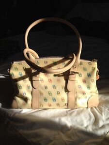 Dooney & Bourke Handbag (Monogram)