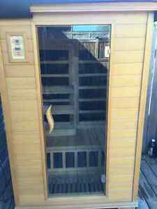 Excellent shape infrared red sauna with carbon fibre heaters