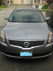2009 Nissan Altima Hybrid. No Accident. Saftey Done. *40,200KM**