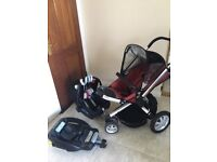 Quinny and maxi cosi travel system pram stroller with isofix base and carrycot £110 ono