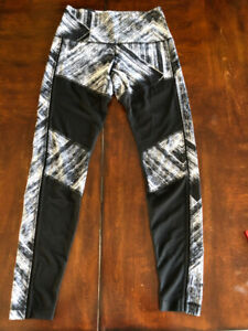 Lulu lemon leggings perfect condition size 8