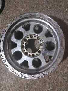 """4x 17x9 rims 8-6.5 bolt pattern with 37"""" tires"""