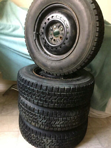Set of  new tires and rims 185/75/R14