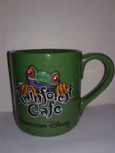 MUST SELL...DOWNTOWN DISNEY RAINFOREST CAFE GREEN FROG MUG...