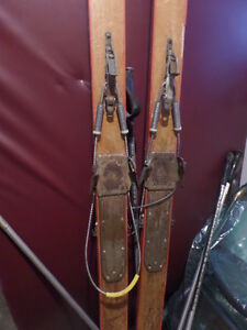 Antique wood skis, bindings, boots, poles Sarnia Sarnia Area image 2