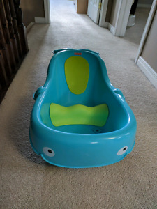 Fisher price whale baby tub
