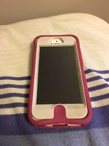 iPhone 5 64GB Peterborough Peterborough Area image 1