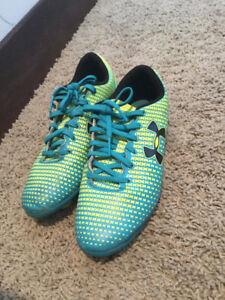 2Y Soccer Cleats
