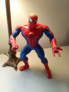 The AMAZING SPIDER-MAN Talking Action Figure MARVEL Toy Biz 1994