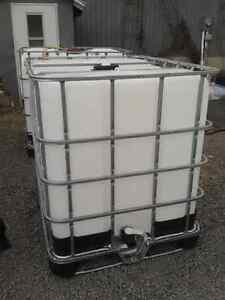 1000 Litre Water Tank/Tote