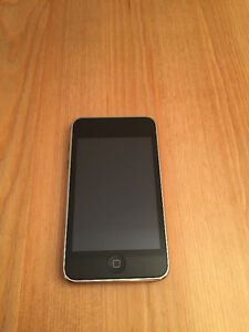 IPOD TOUCH - 16g - 2nd GENERATION