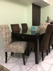 BROWN RECTANGLE  KITCHEN TABLE - 6 CHAIRS & 1 BENCH