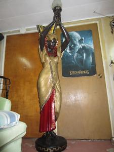 statue de style egyptienne