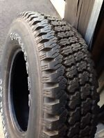 Firestone 245/75/16 tire