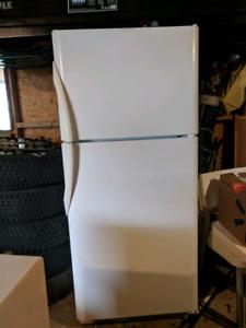 Huge White refrigerator, Top freezer  for $250 or Best offer