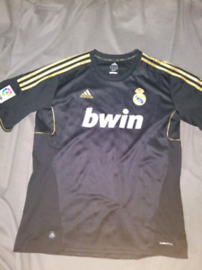 Real Madrid. Benzema jersey.
