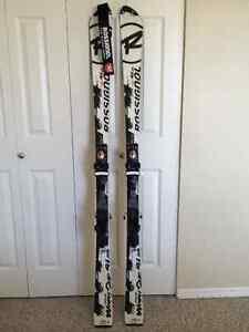 Rossignol Radical WC SL skis (165cm) + Axial 2 Bindings Comox / Courtenay / Cumberland Comox Valley Area image 1