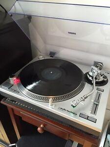 Vinyls / Vinyles