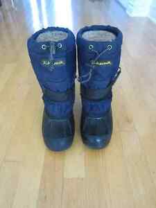 """KAMIK"" Winter Boots for boy - Size 4"