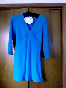 womens M casual stretchy dress