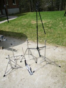 Microphone Stand, Drum stands, Drum pedal