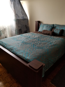 Bedroom furniture Set for sale (Queen size) - Without Mattress