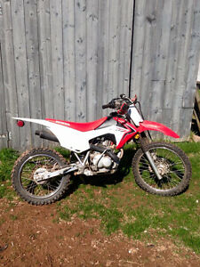 2015 Honda CRF 125 F Big Wheel Dirt Bike